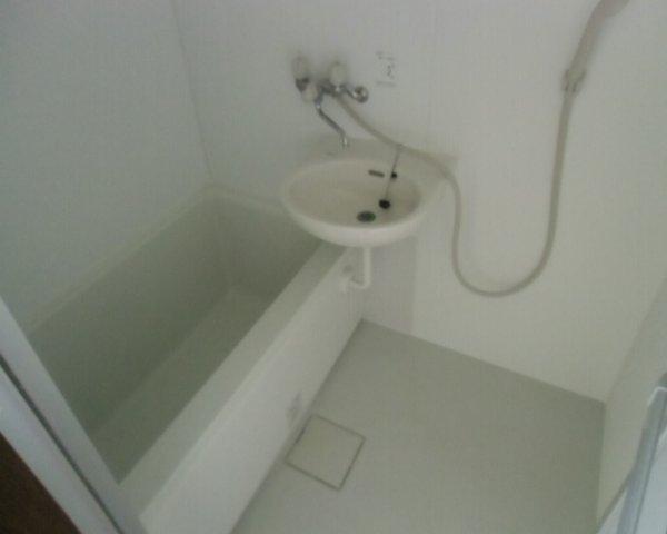 第2金泉ビル 301号室の風呂