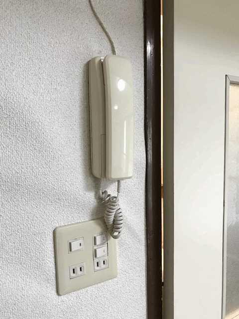 公社久米川駅東住宅23号棟 302号室のバルコニー
