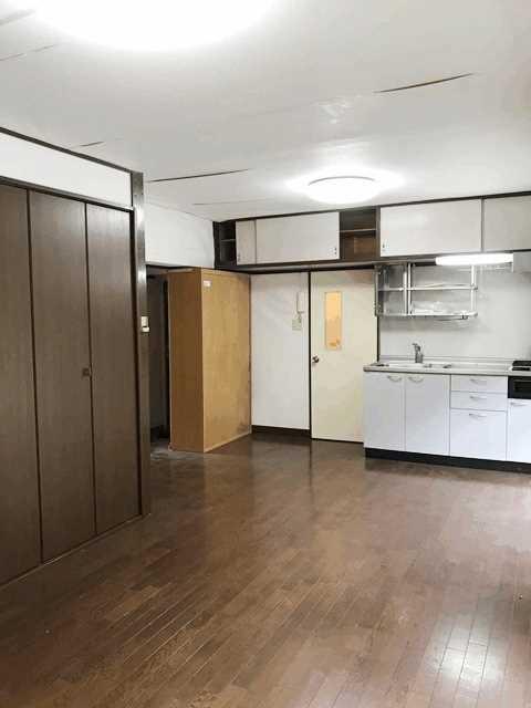 公社久米川駅東住宅23号棟 302号室のリビング