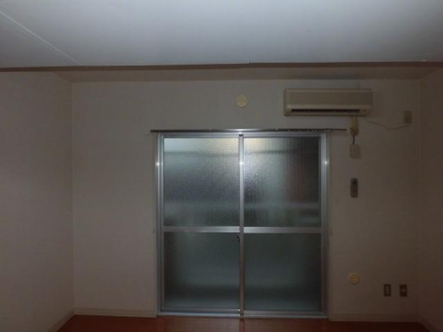 レヂオンス田村 102号室のリビング