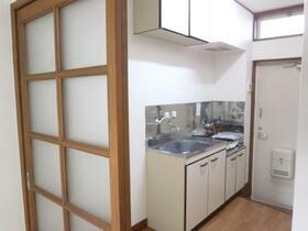 秋桜 103号室のリビング