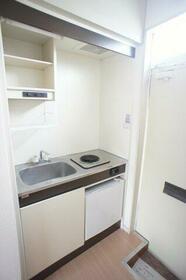 コーポニートネス 203号室のキッチン