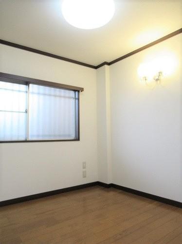 武蔵野サンハイツ滝山パート1 103号室のベッドルーム