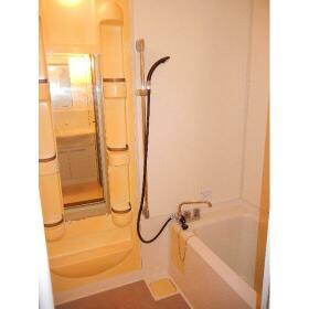 プロミネントⅢ 103号室の風呂