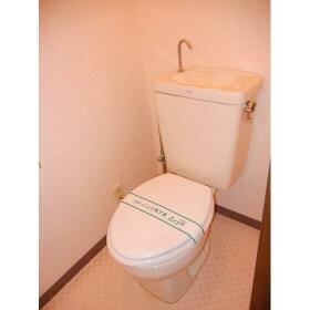 プロミネントⅢ 103号室のトイレ