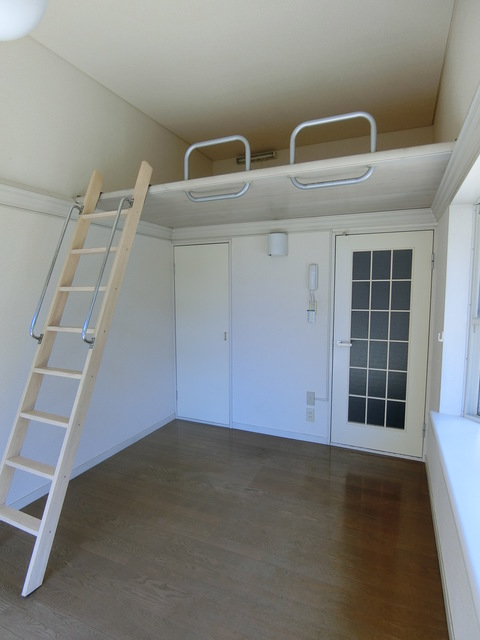 Loire下保谷 202号室のベッドルーム