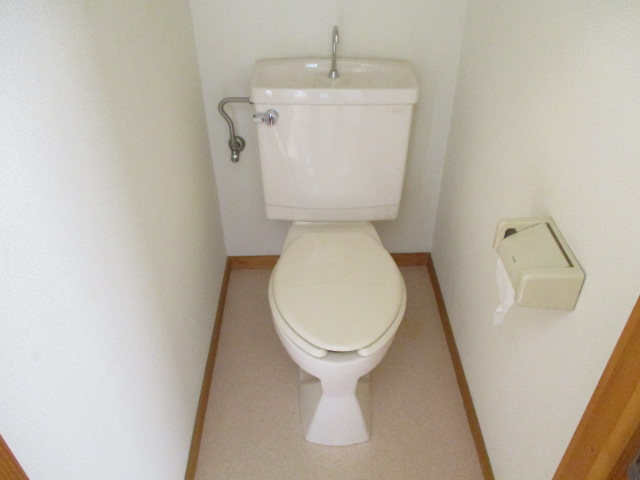 第10もえぎ野ハイツ 201号室のトイレ
