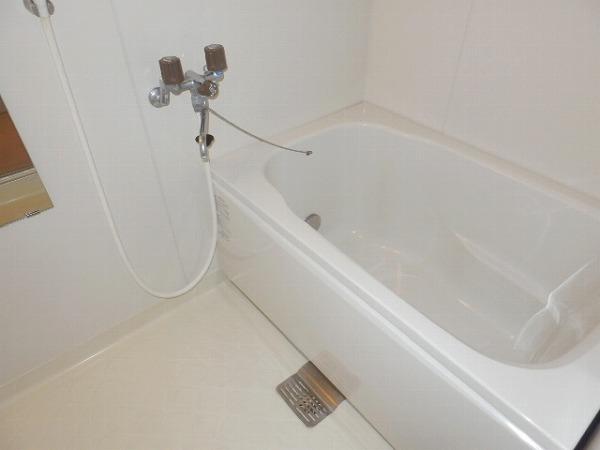 グリーンシャトル 301号室の風呂