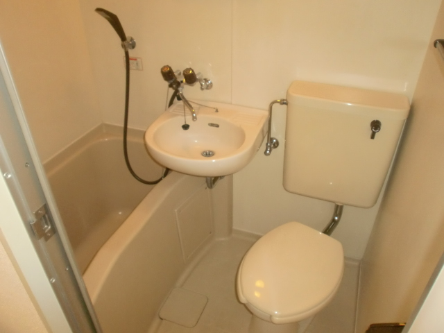 グレースコート 210号室の風呂