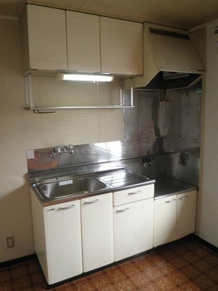 タウニィあけぼの B 101号室のキッチン