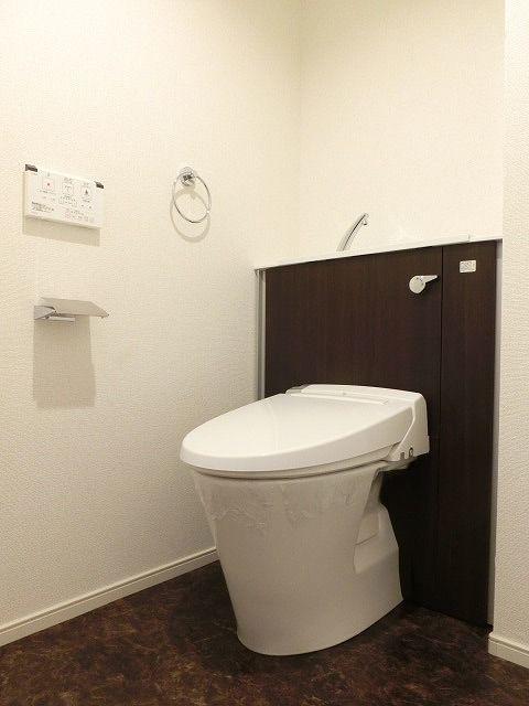 ステーション シン 04040号室のトイレ