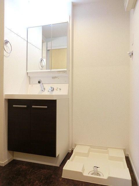 ステーション シン 04040号室の洗面所