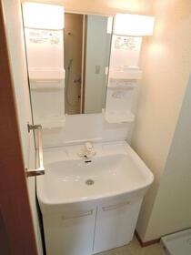パインクレスト1番館 511号室のトイレ