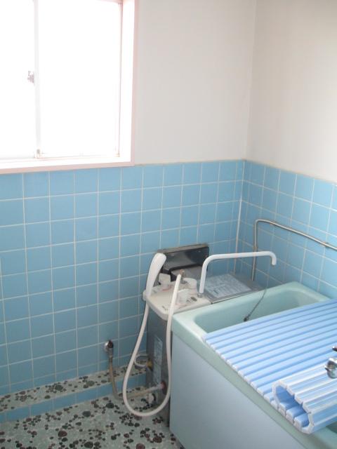 小吹ハイツ 202号室の風呂
