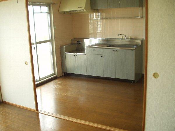ヴィラエスポワール 202号室のキッチン