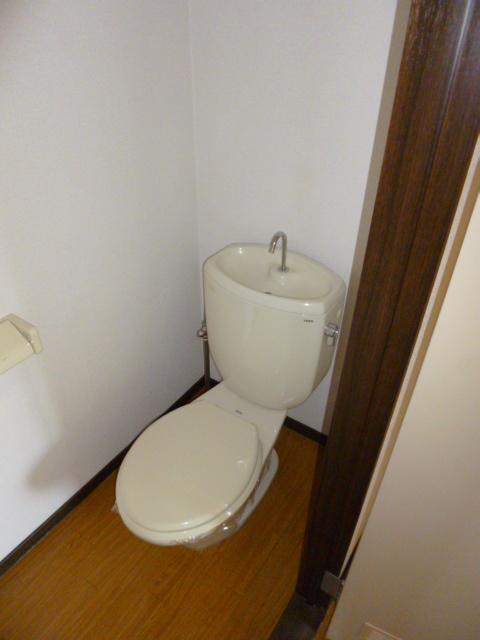 コンシェール押切B 201号室のトイレ