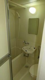 レヂオンス西武柳沢 206号室の風呂