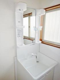 サンライズ青葉台 201号室の洗面所