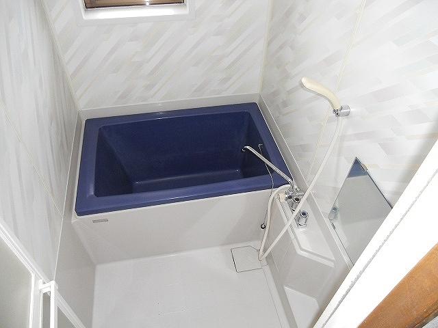 レジデンスヨコヤマ 303号室の風呂
