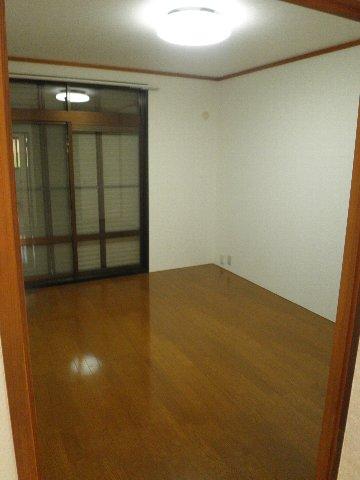 シティハイム松田 101号室の居室