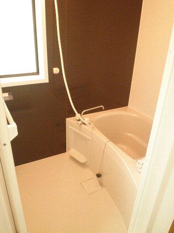 シティハイム松田 101号室の風呂