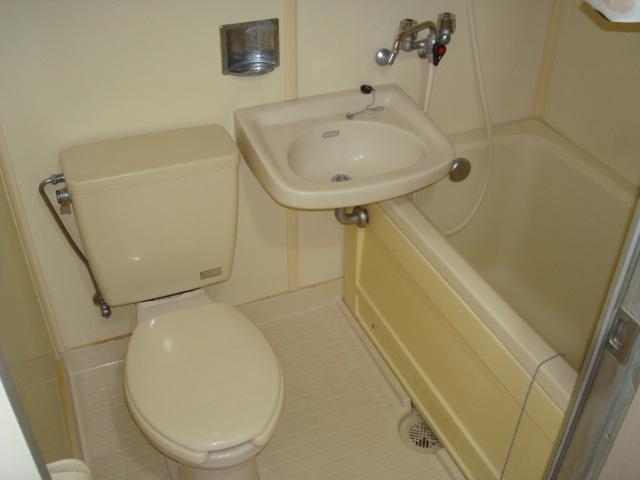雅ハウス 107号室の風呂
