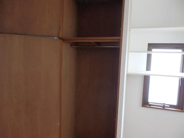 セゾンサンヒルズ 201号室の収納