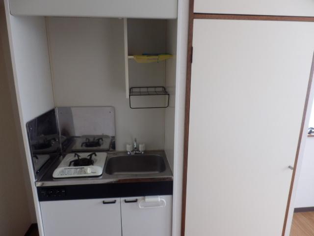 セゾンサンヒルズ 201号室のキッチン