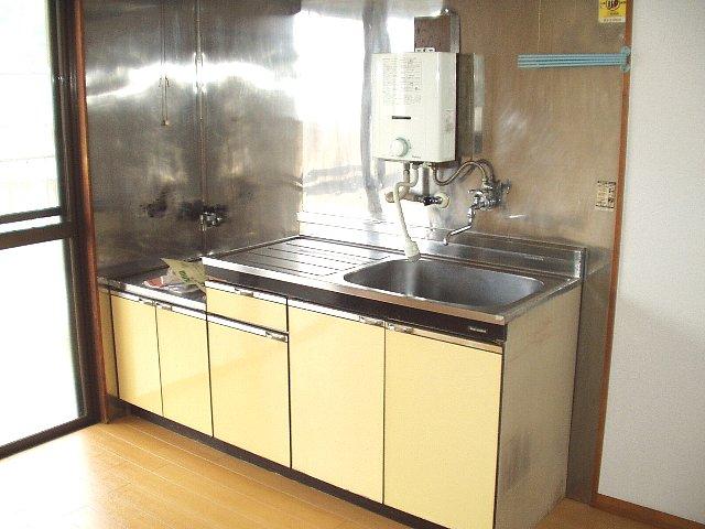 馬走グリーンハイツ 301号室のキッチン