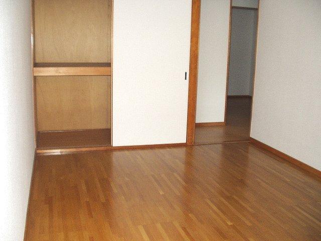 馬走グリーンハイツ 301号室のベッドルーム
