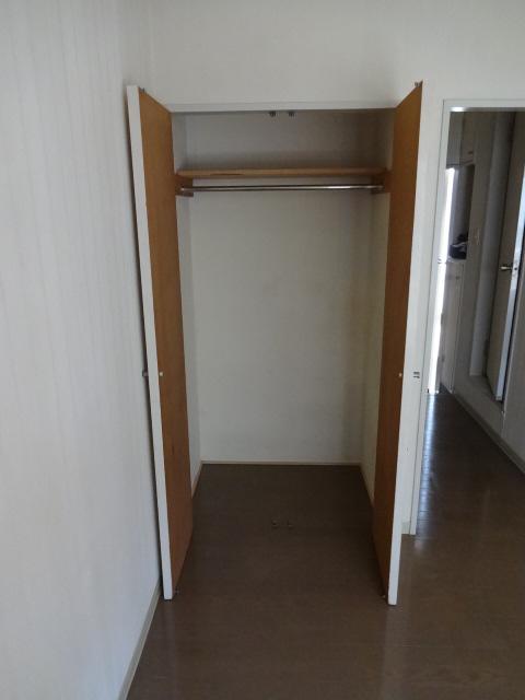 パインウェーブプレイスB棟 103号室の収納