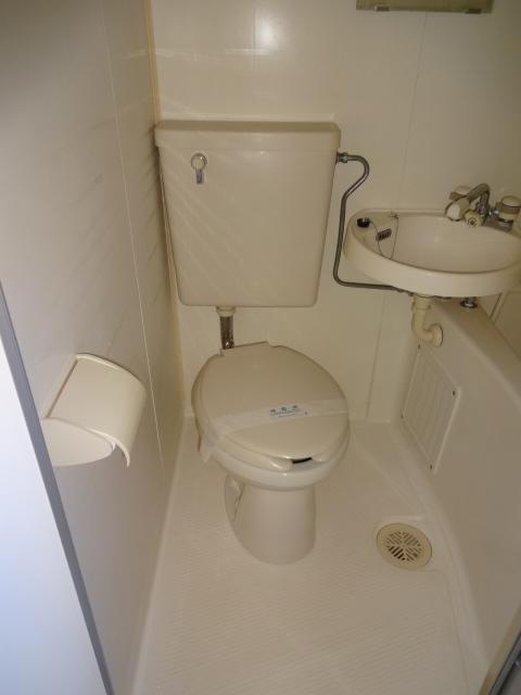 パインウェーブプレイスB棟 103号室のトイレ