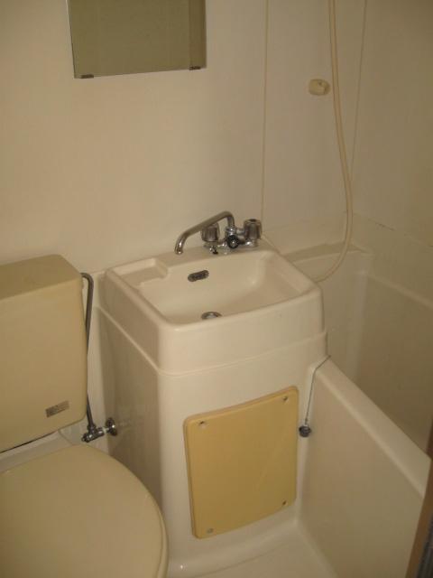 フラッツ青葉台 301号室の風呂