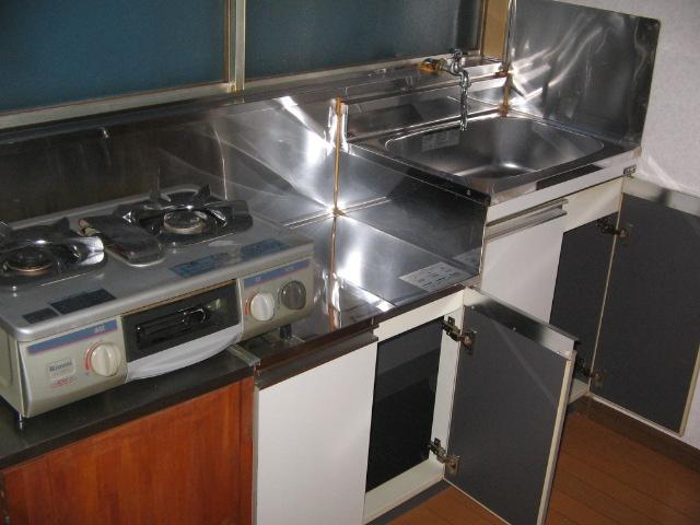 岡本荘 8号室のキッチン