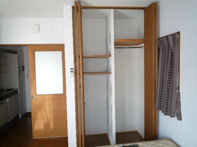 桜館5 504号室の収納