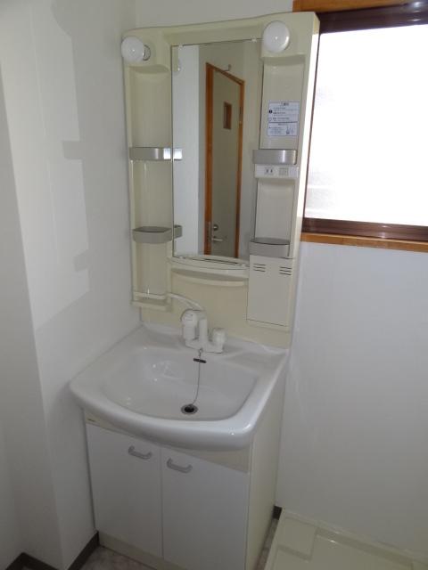 フォレスト'98 B102号室の洗面所