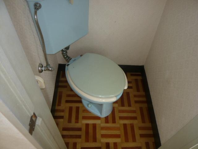 エクセレントコーポ 302号室のトイレ