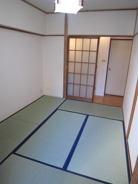 コーポマックス(2H) 2H号室のベッドルーム