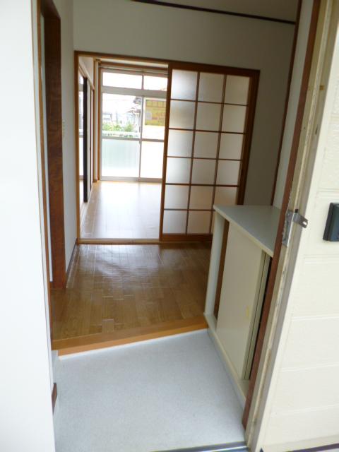コートビレッヂ 02010号室の玄関