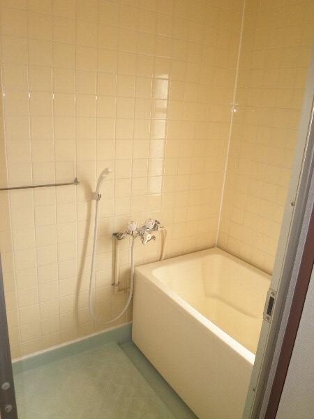いほざきハイツ 106号室の風呂