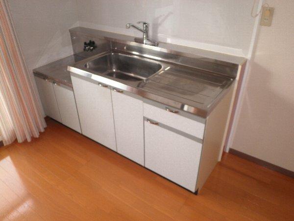 いほざきハイツ 106号室のキッチン