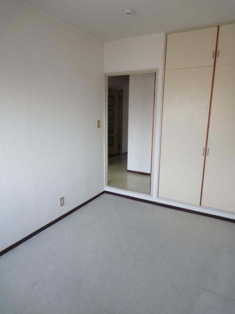 モンテベルデ高野 206号室の収納