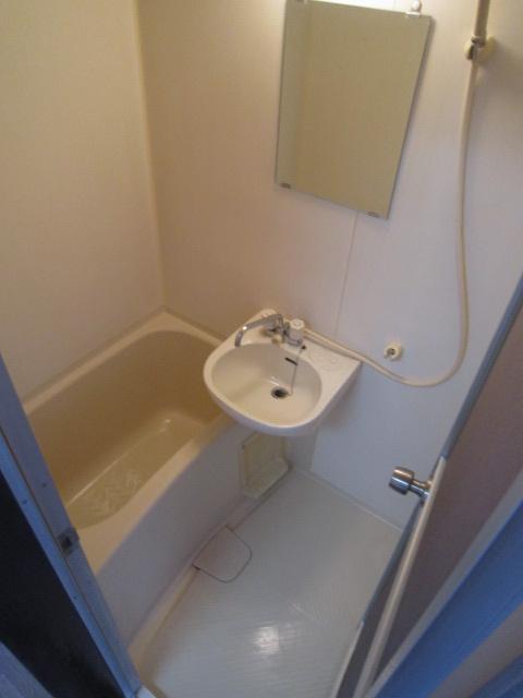 パレスカトレア 101号室の風呂