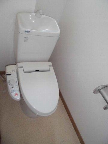 UI RESIDENCE 401号室のトイレ