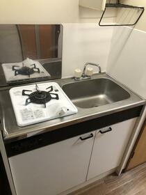 セゾンサンヒルズ南生田 103号室のキッチン