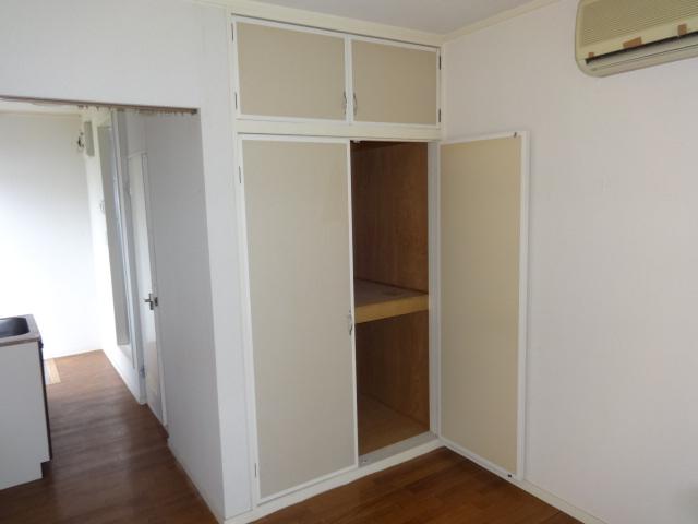 ヴィラフィレンツェ 202号室の収納