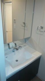 マークス・ザ・タワー東静岡 1401号室の洗面所