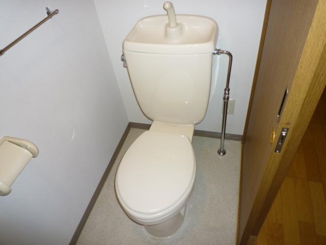 ソネットS 103号室のトイレ