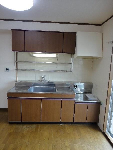 葵ハイツ 102号室のキッチン
