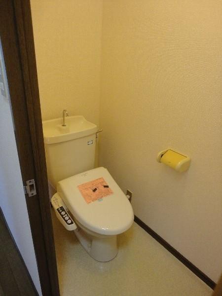葵ハイツ 102号室のトイレ